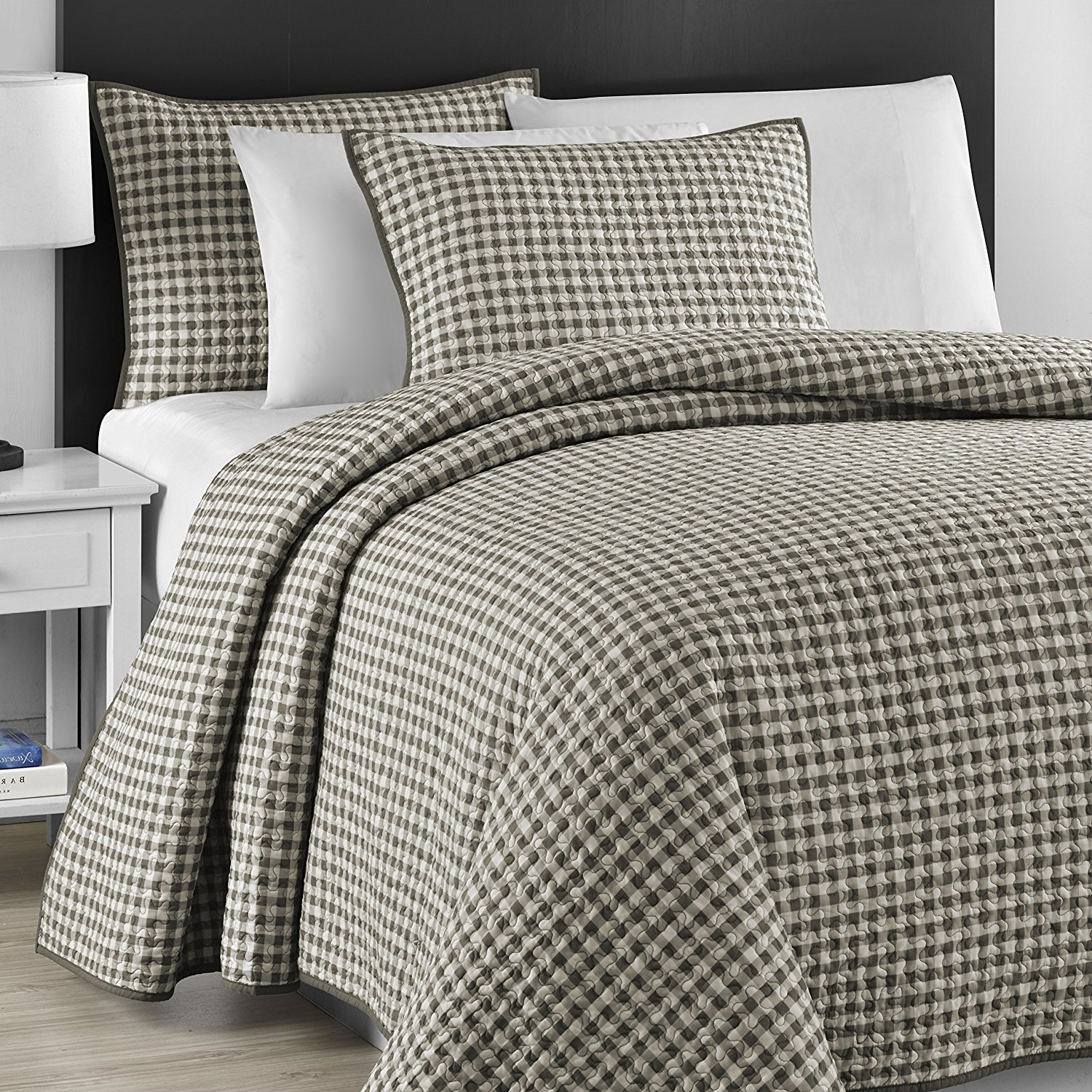 eLuxurySupply Zaria Quilted Coverlet Set With Stitched Pattern 3 Pieces by ExceptionalSheets