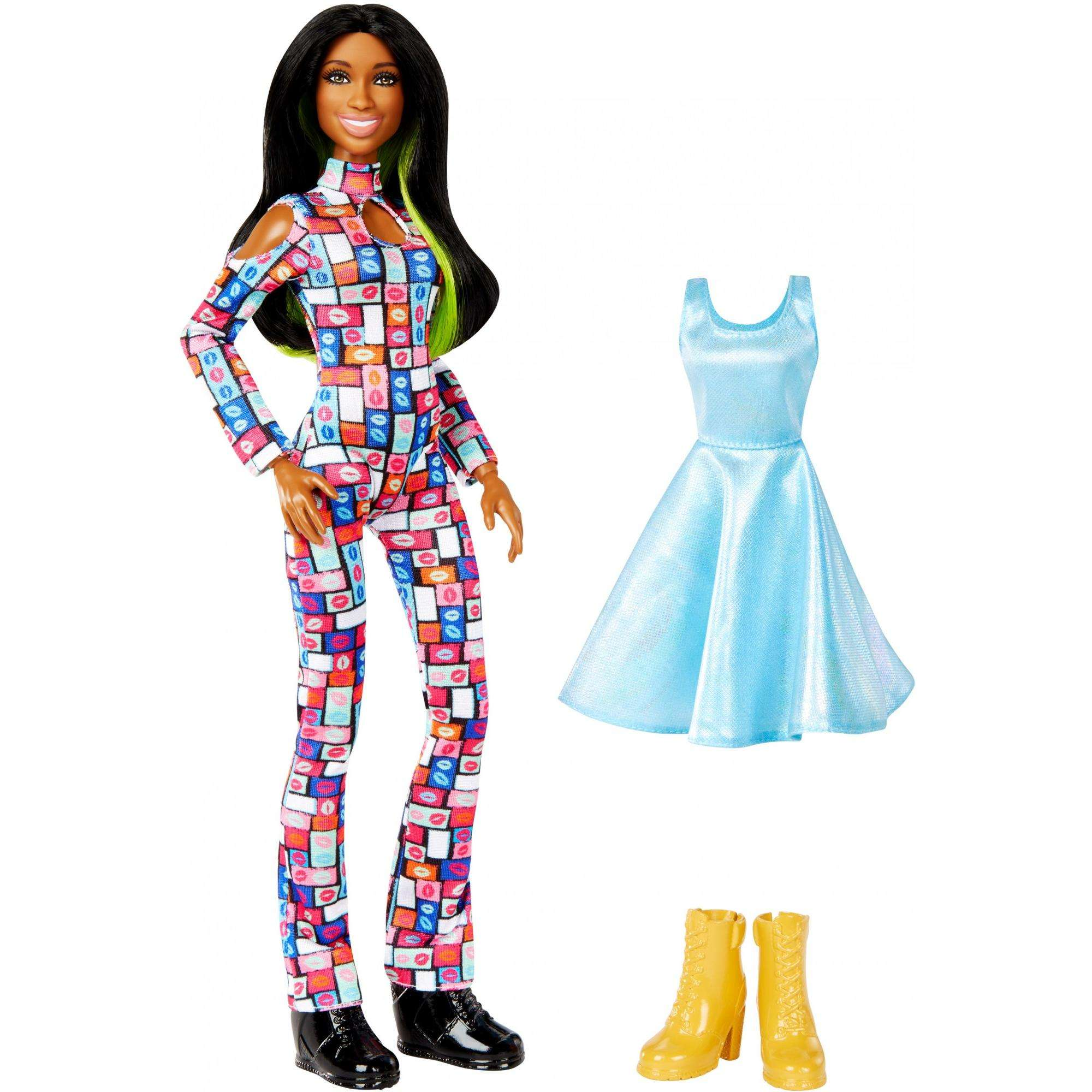WWE Superstars Naomi 12-inch Posable Fashion Doll Plus 1 Outfit