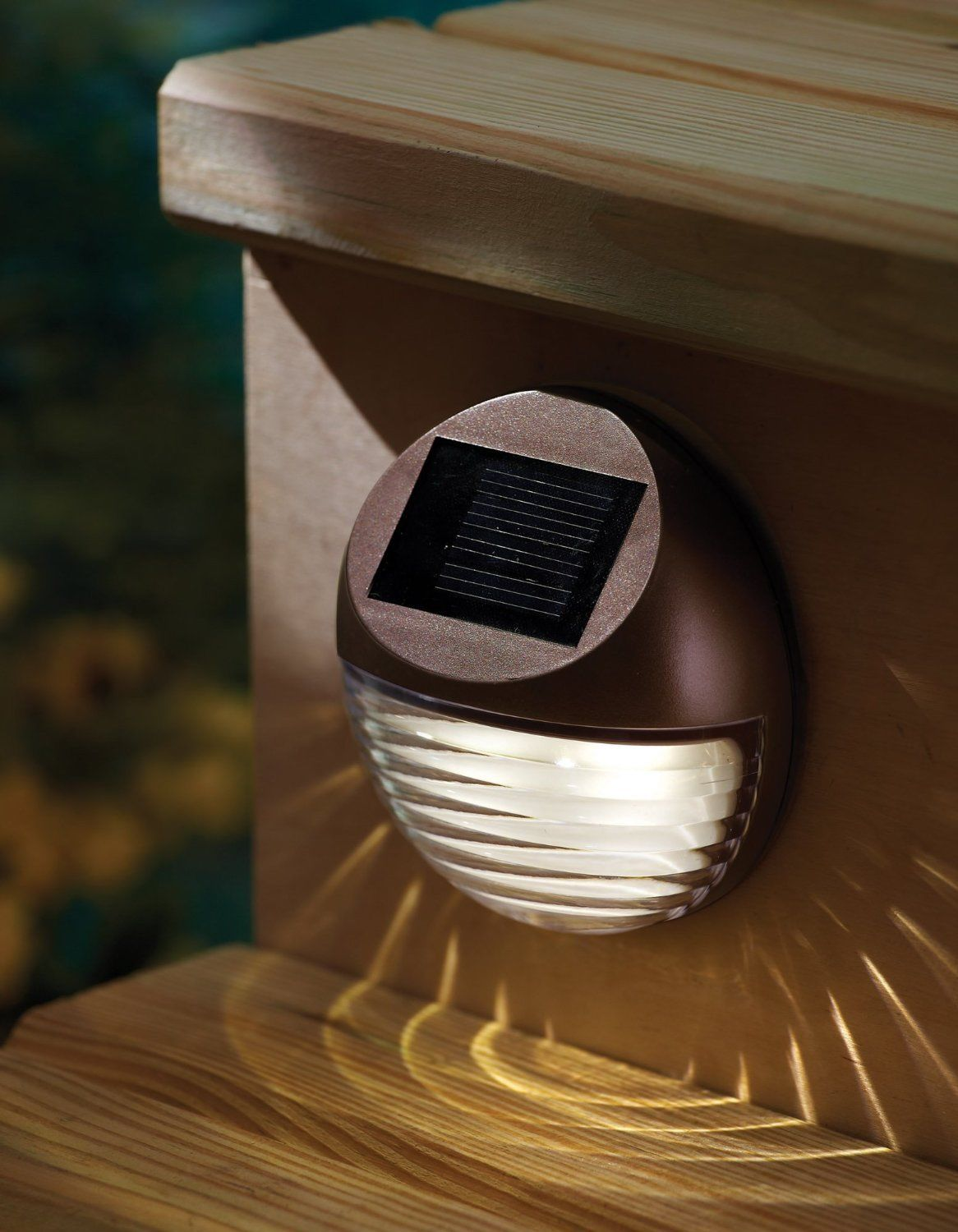 Pack of 8 Solar Outdoor Garden LED Round Step Deck Light by