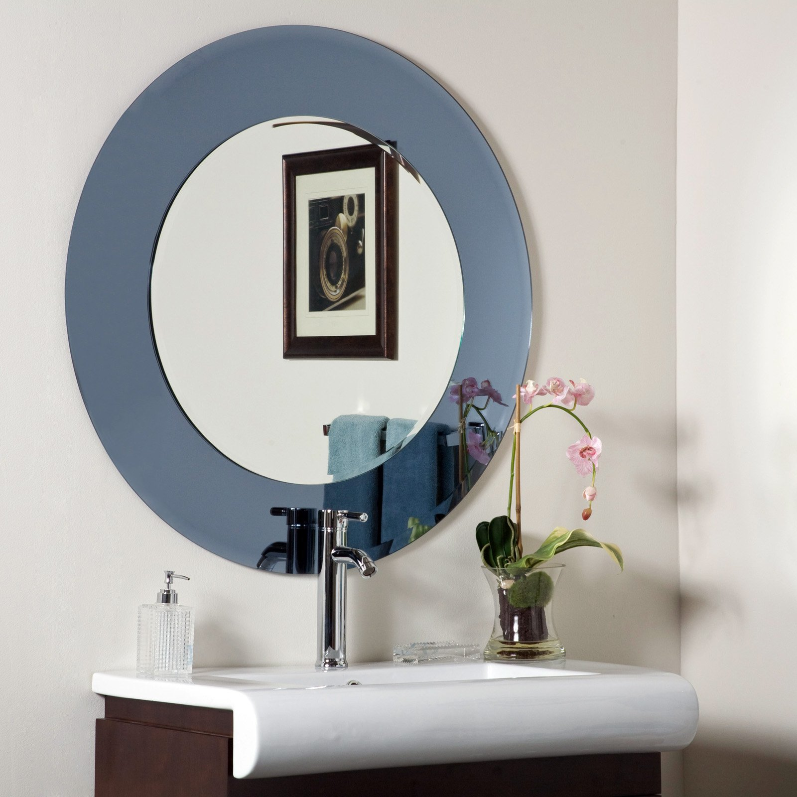 Décor Wonderland Camilla Modern Frameless Bathroom Mirror 35 diam. in. by Decor Wonderland of US