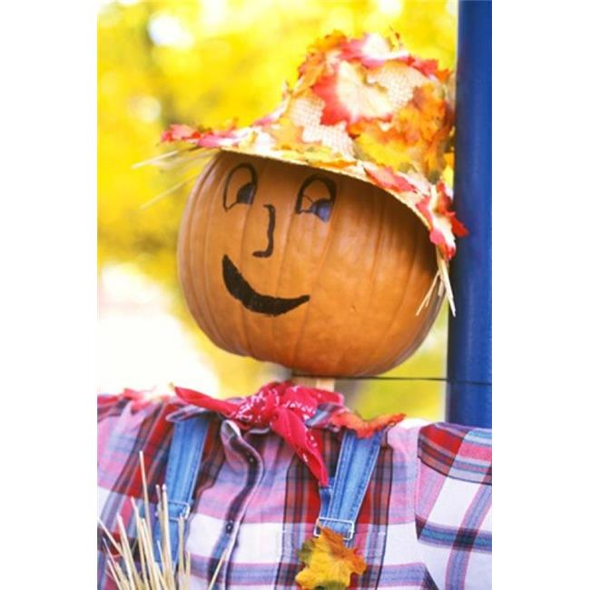 Posterazzi PDDUS48RTI0120 Wa Chelan Halloween Holiday Scarecrow Poster Print by Rob Tilley - 23 x 34 in. - image 1 de 1