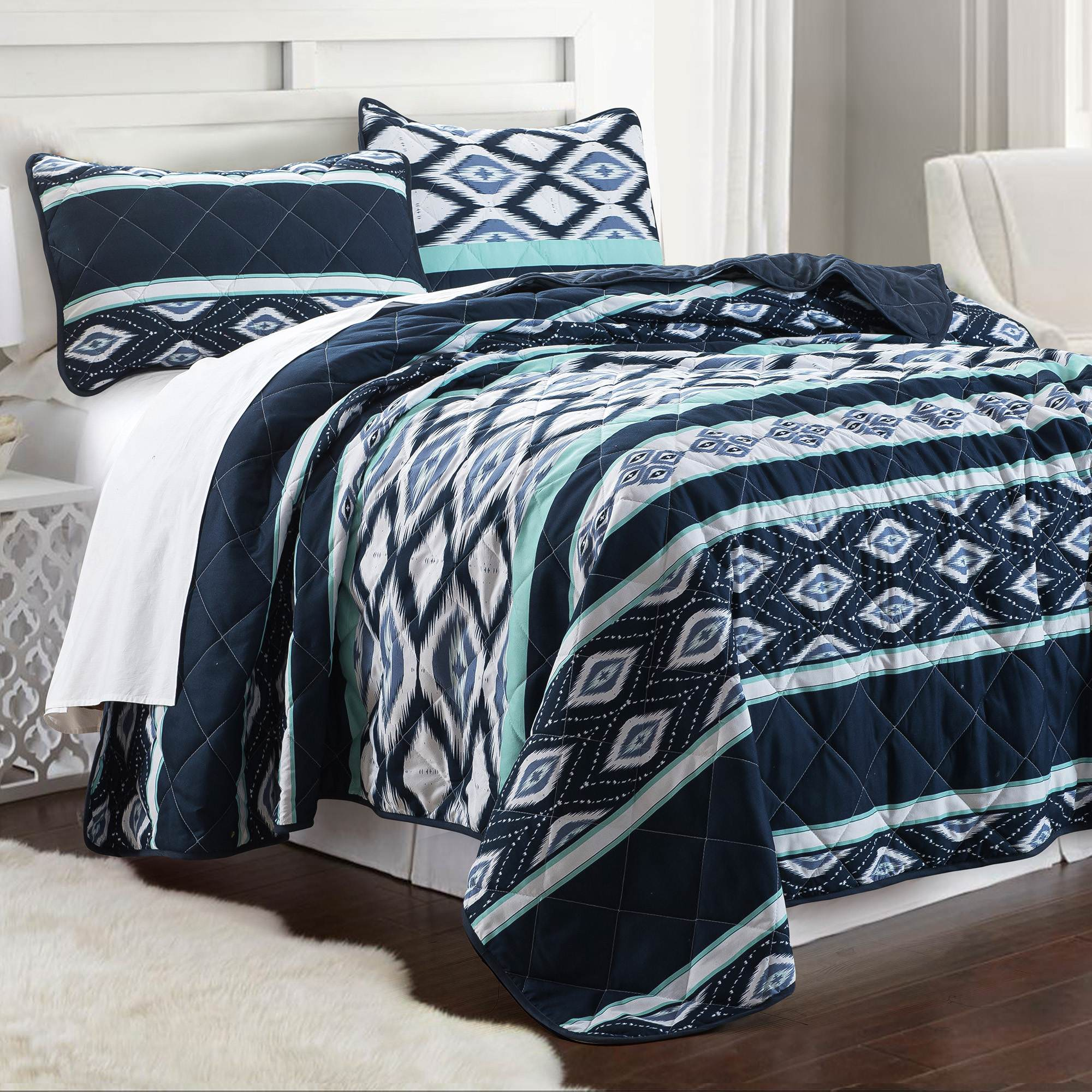 3 PIECE PRINTED REVERSIBLE COVERLET SET - BILLY IKAT