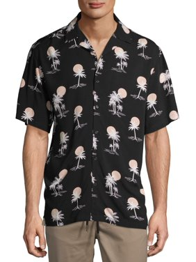 No Boundaries Men's Short Sleeve Resort Shirt