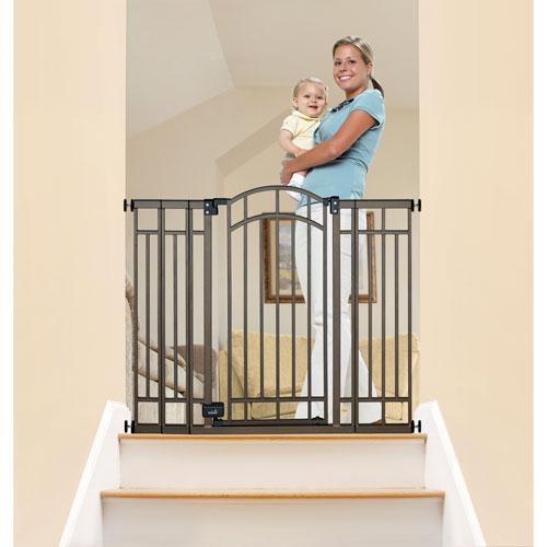baby retractable gate
