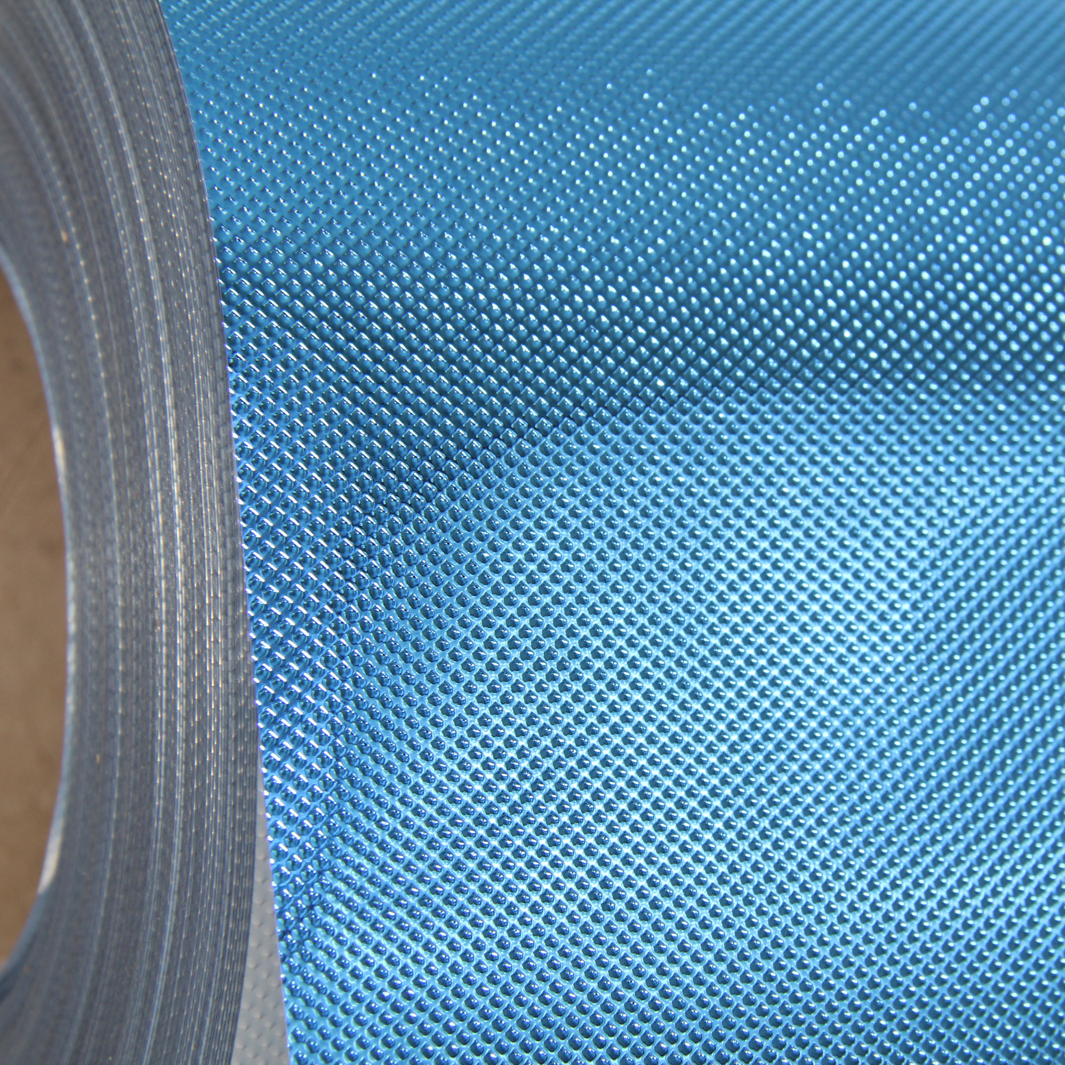 "Threadart Embossed Metallic 20"" Heat Transfer Vinyl Film By The Yard - 16 Colors Available"