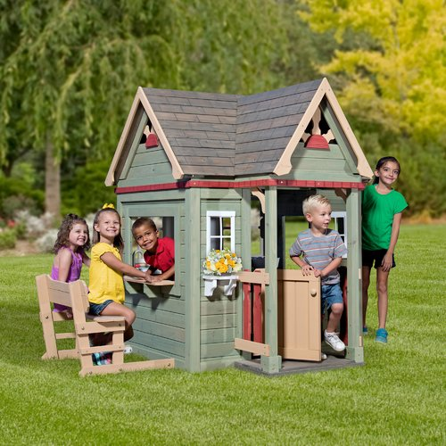 Backyard Discovery Victorian Inn All Cedar Playhouse