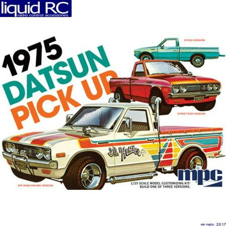 - MPC 872 1/25 1975 Datsun Pickup