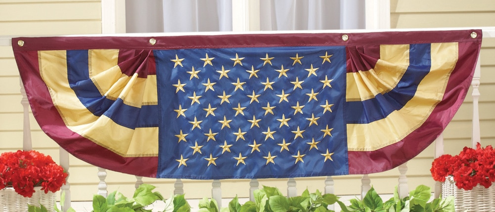 Patriotic 5 Ft Long American Flag Bunting, Traditional by Collections Etc