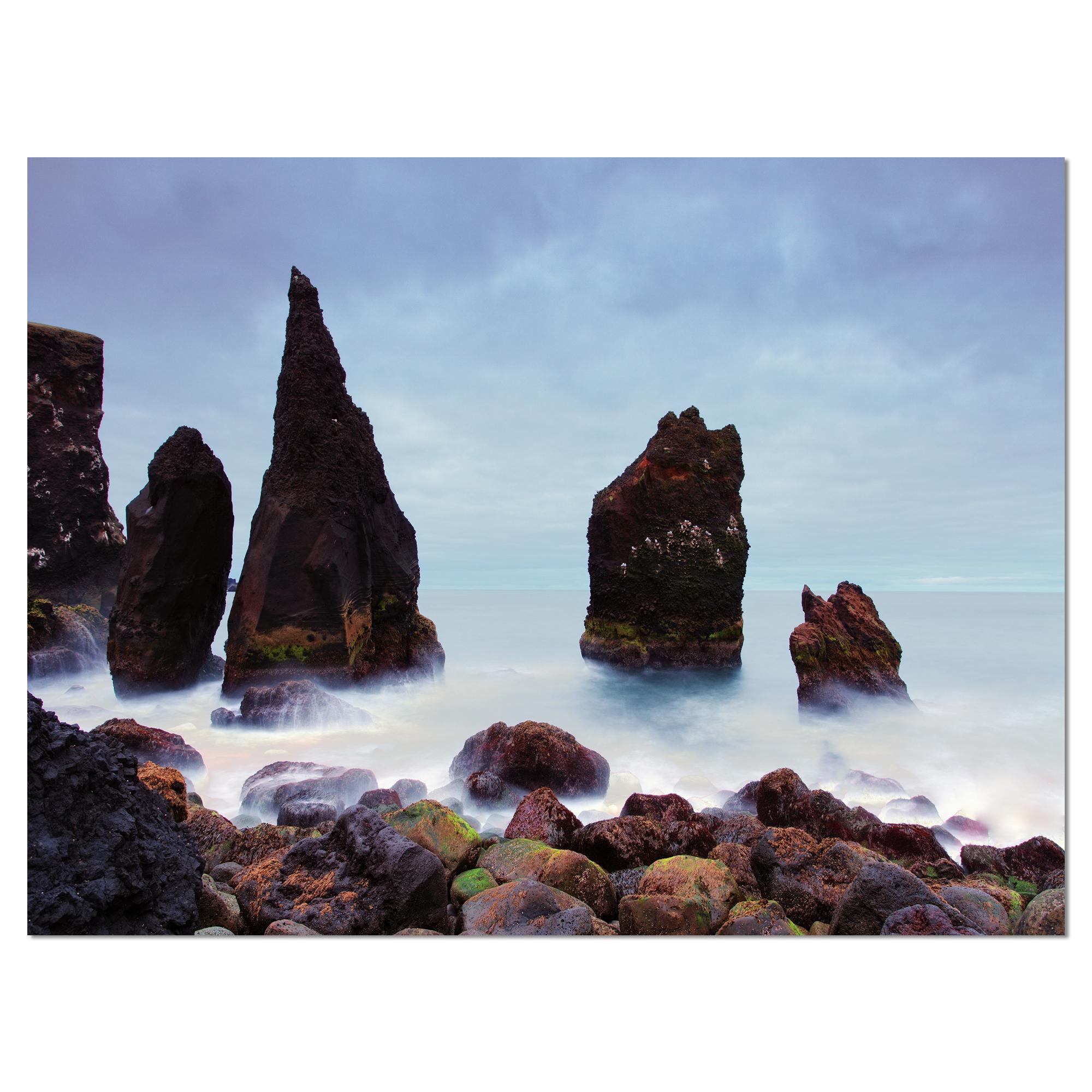 Sharp Rocky Coastline Raykjanes - image 2 de 3