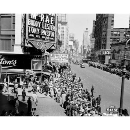 USA New York City Manhattan General Douglas MacArthur parade in April 1951 Poster Print - Halloween Parade In New York City