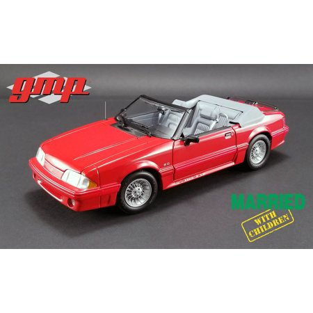 """1988 Ford Mustang 5.0 Convertible Red """"Married with Children"""" TV Series Ltd Ed 630 pcs 1/18 Diecast Car by GMP"""