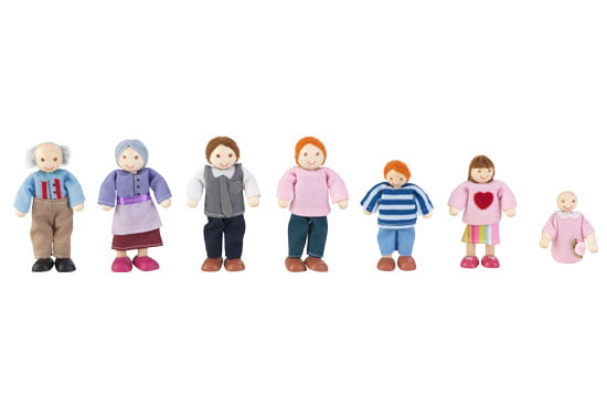 KidKraft Caucasian Doll Family with 7 Dolls by KidKraft
