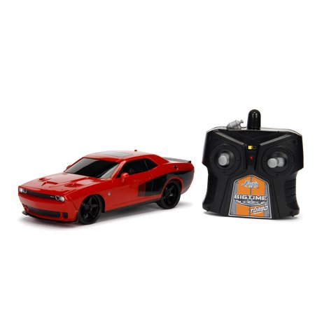 Jada Toys - Big Time Muscle 1:24 RC 2015 Dodge Challenger SRT Hellcat (Challenger Radio)