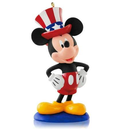Ny Yankees Ornaments (Hallmark Ornament 2015 Year of Disney Magic #12 Yankee Doodle Mickey )