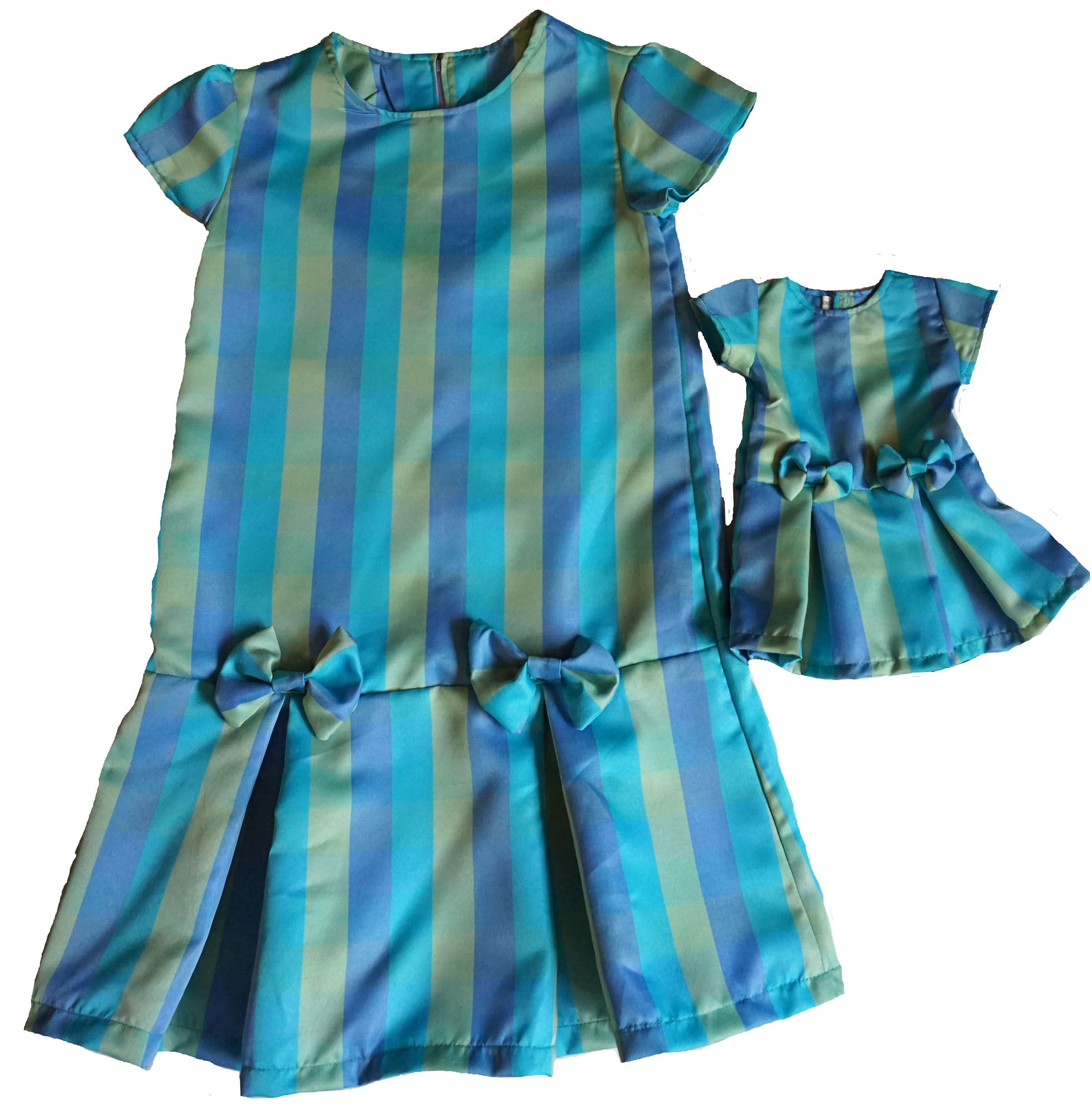 Size 10 Matching Girl And Doll Green And Blue Stripe And Bows Dresses