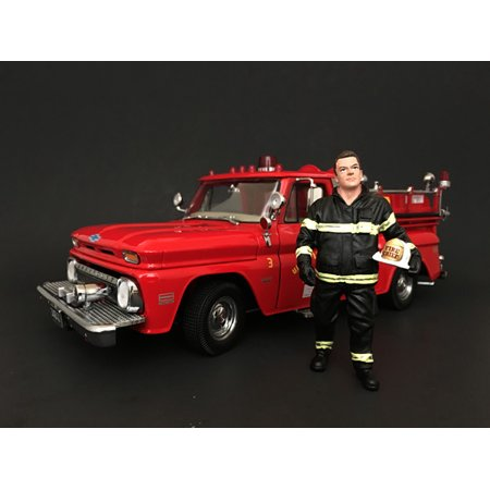 Firefighter Fire Chief Figurine / Figure For 1:24 Models by American Diorama