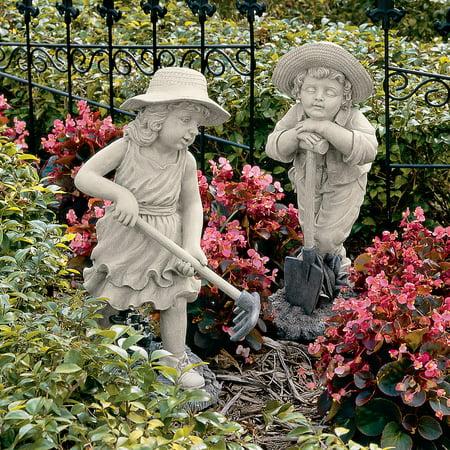 Design Toscano Young Gardeners Sculpture (Ancient Stone Sculpture)