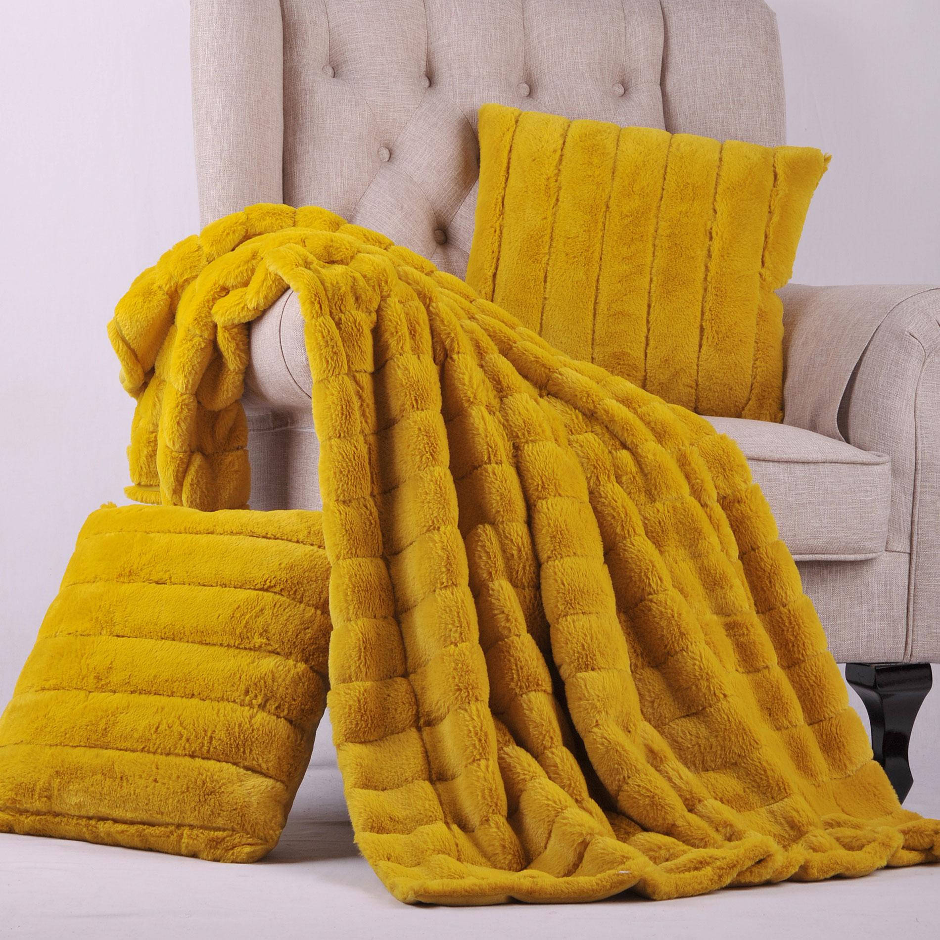 BOON Rabbit Fur Throw Blanket with 2 Pillow Combo Set