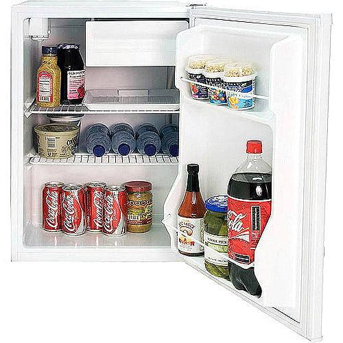 Black & Decker 2.7-cu ft Refrigerator with Freezer