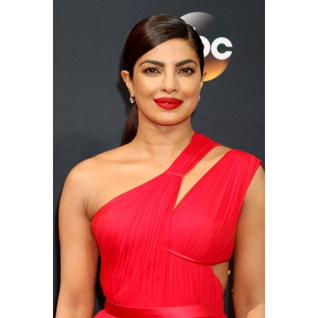 Priyanka Chopra At Arrivals For The 68Th Annual Primetime Emmy Awards 2016 - Arrivals 2 Microsoft Theater Los Angeles Ca September 18 2016 Photo By Priscilla GrantEverett Collection