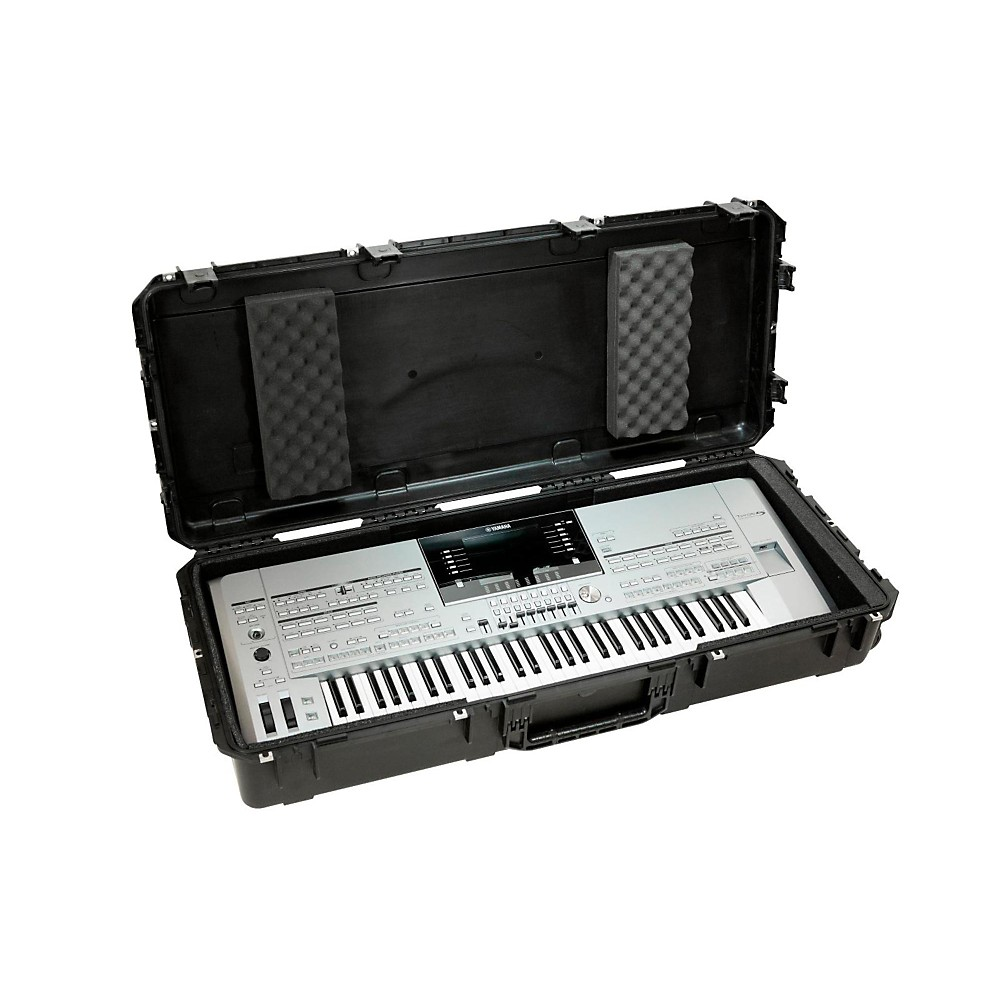 SKB iSeries Watertight 61 Note Keyboard Case w/Wheels