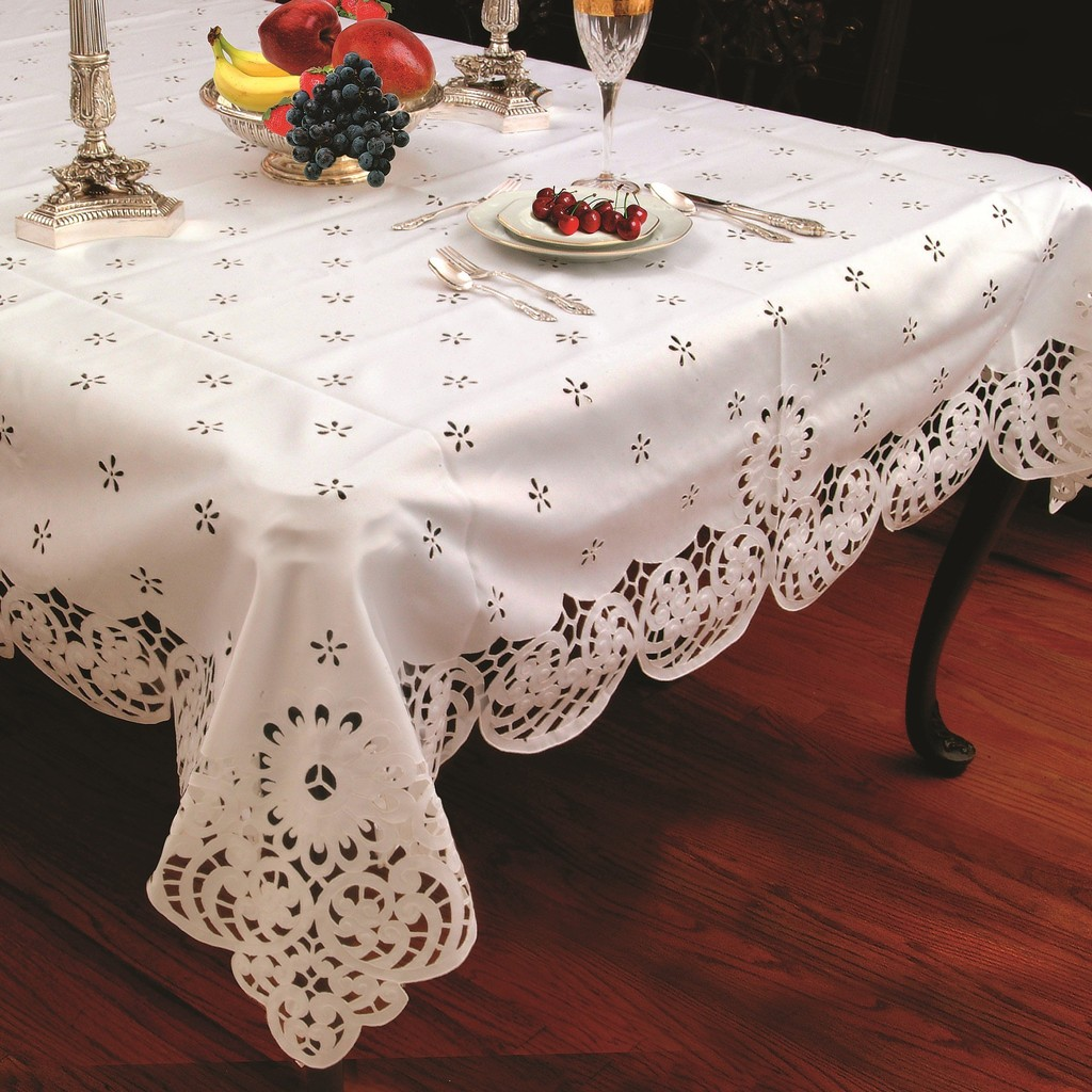 Daisy Design With Cutwork Tablecloth