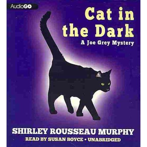 Cat in the Dark: A Joe Grey Mystery