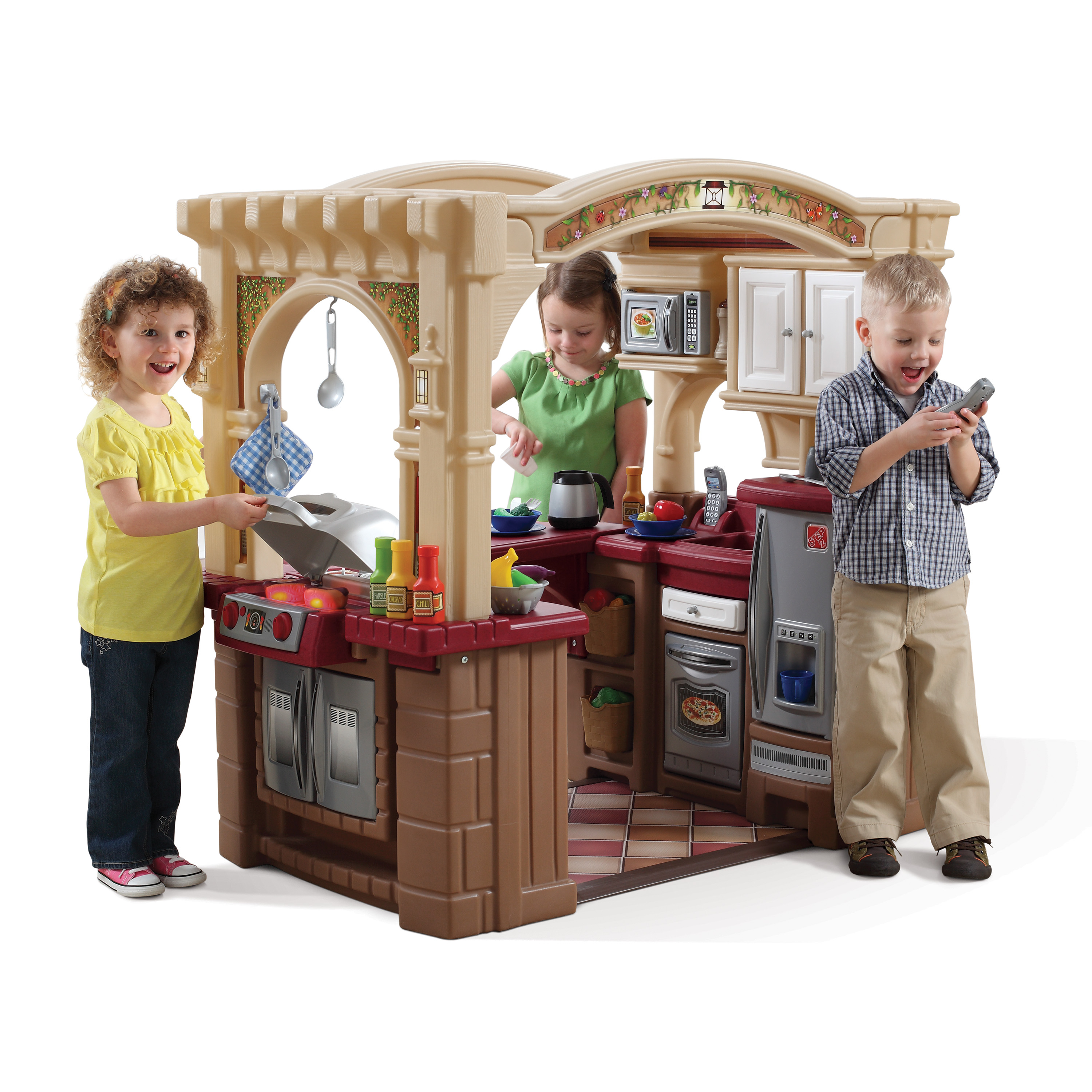 Step2 Grand Walk-In Play Kitchen & Grill with 103 Piece Food ...