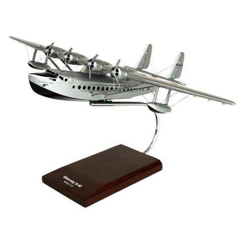 Daron Worldwide Sikorsky S-42 Pan American Model Airplane