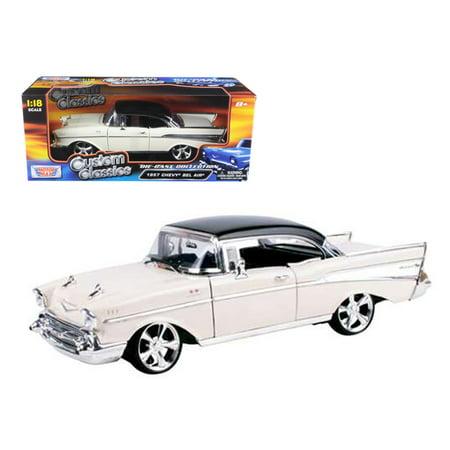 1957 Chevrolet Bel Air Hard Top Cream With Custom Wheels 1/18 Diecast Model Car by Motormax Chevrolet Bel Air Hardtop