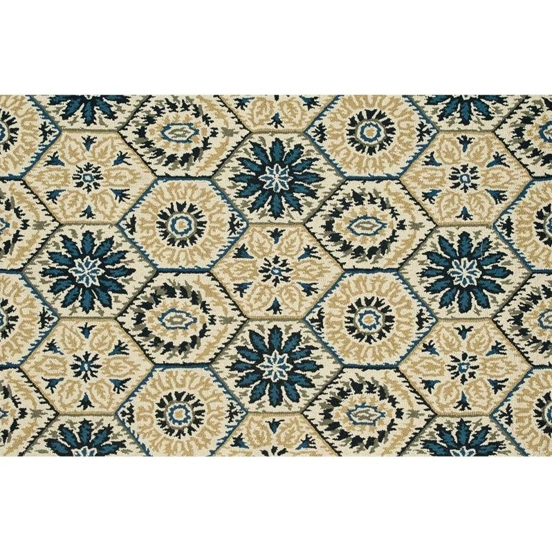 "Loloi Taylor 3'6"" x 5'6"" Hand Tufted Wool Rug in Ivory and Navy"
