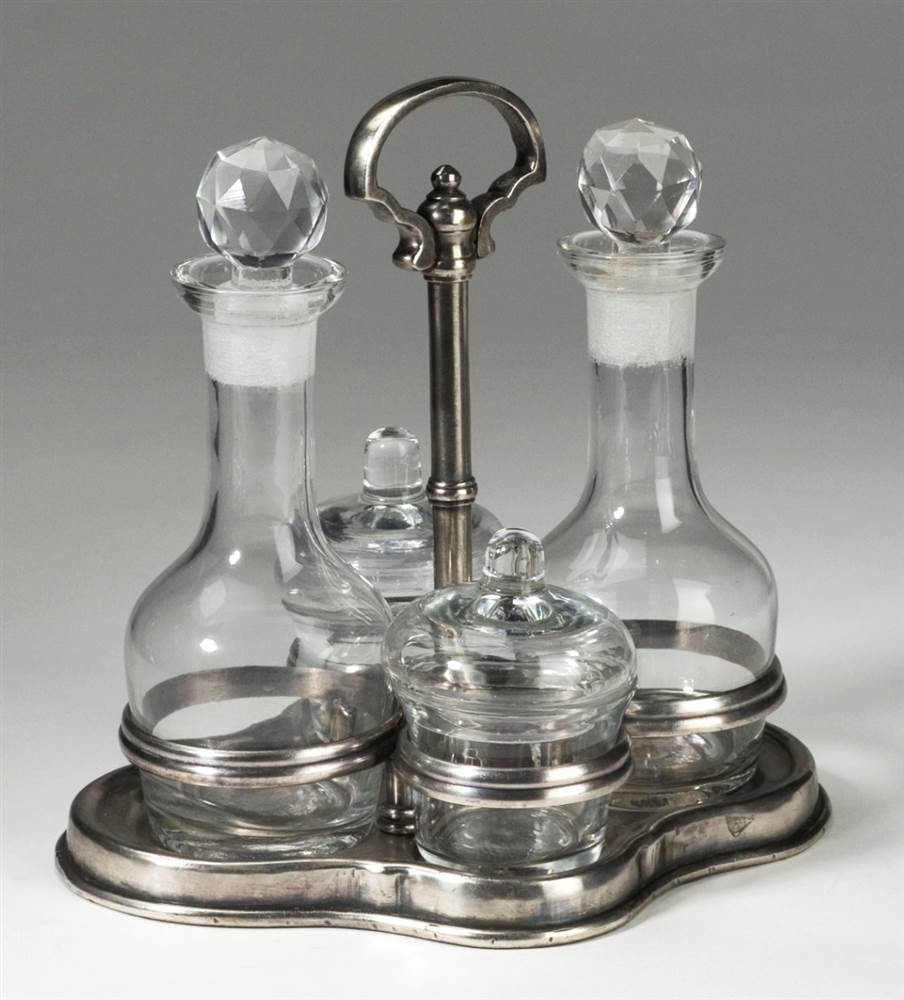 Condiment Set w Metal Stand in Pewter Finish