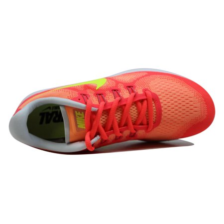 563660edcb7b Nike - Nike Women s Free RN 2017 Sunset Glow Volt-Hot Punch 880840-800 -  Walmart.com