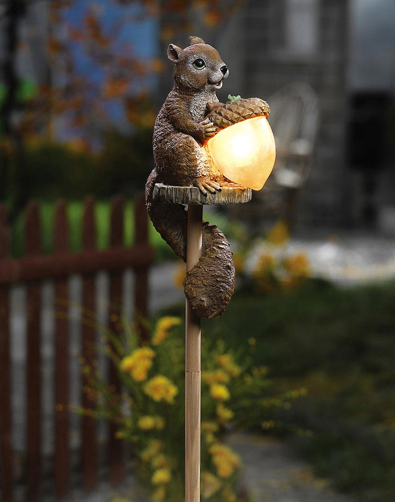Solar Sammy Squirrel Outdoor Garden Decor Stake Light Brown
