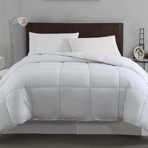 VCNY Solid Down Alternative Box-Stitched Bedding Comforter