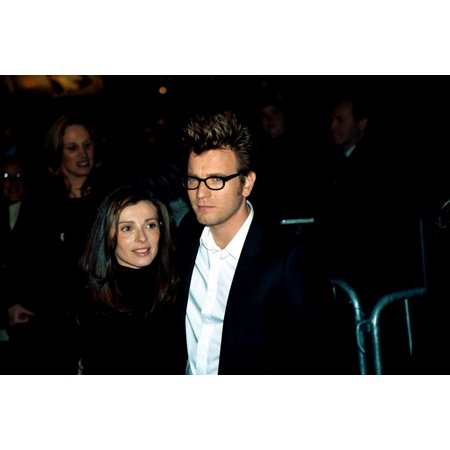 Ewan Mcgregor And Wife Eve Maurakis At Premiere Of Big Fish 1242003 By Janet Mayer