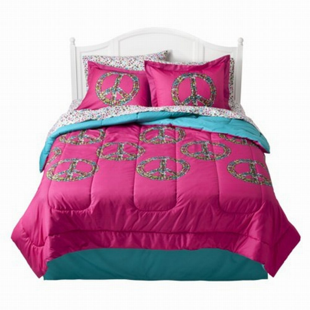 Xhilaration Full Bed in Bag Hot Pink Peace Signs Comforter Sheets Shams Set