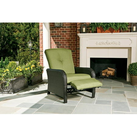 Hanover Strathmere Outdoor Luxury Recliner, Cilantro Green