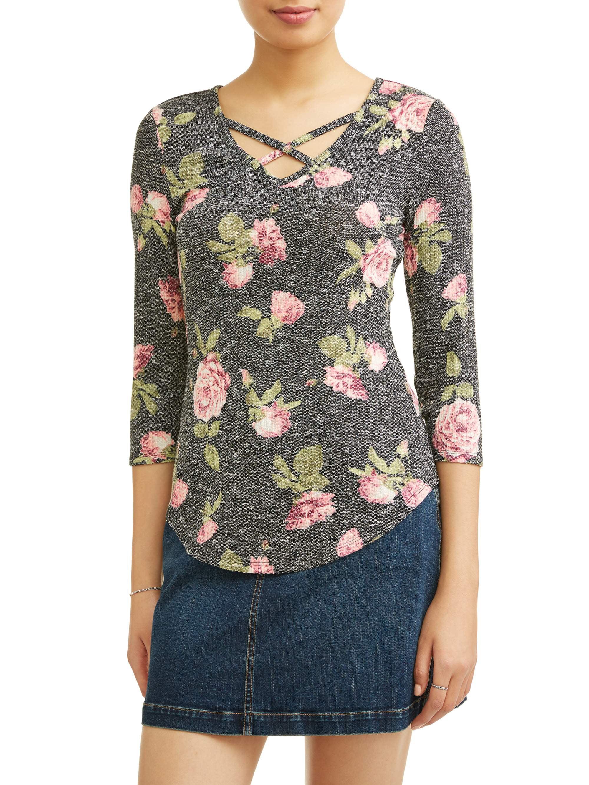 "Juniors' Floral Printed Criss Cross V-Neck 3/4"" Sleeve T-Shirt"