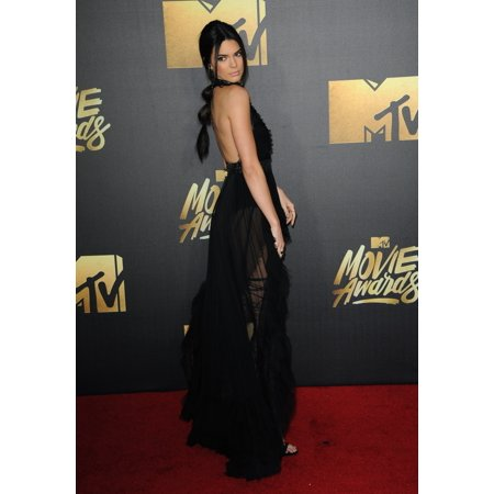 Kendall Jenner At Arrivals For Mtv Movie Awards 2016 - Arrivals 1 Warner Bros Studios Burbank Ca April 9 2016 Photo By Elizabeth GoodenoughEverett Collection Celebrity