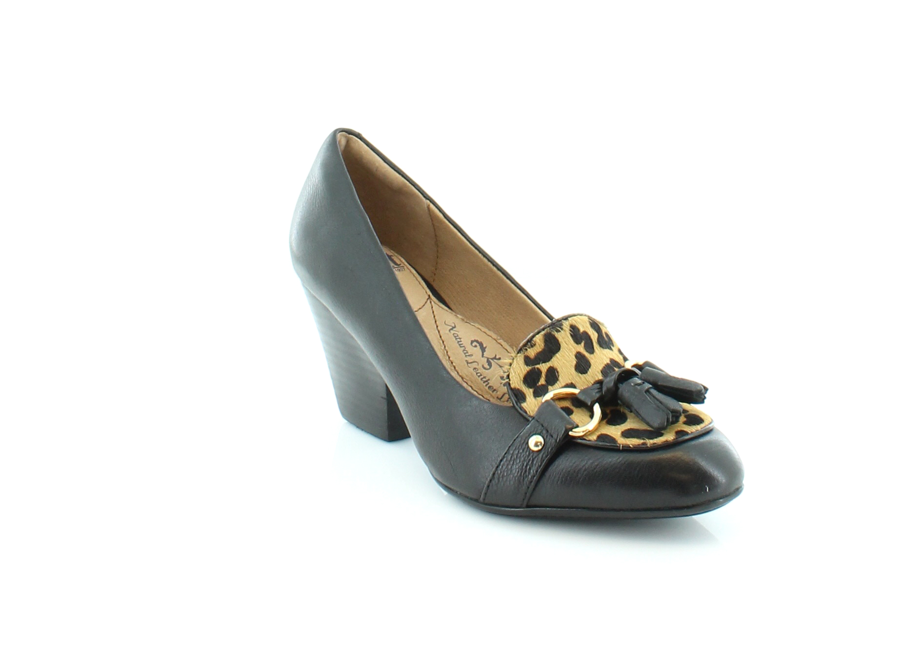 Click here to buy Sofft Aldora Women
