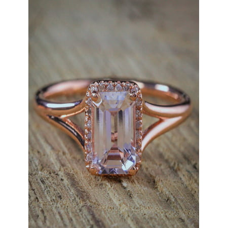 Sale: 1.25 Carat Peach Pink Morganite (emerald cut Morganite) and Diamond Split Shank Halo Engagement Ring in 10k Rose Gold Cheap Sale - Cheap Pretty Rings