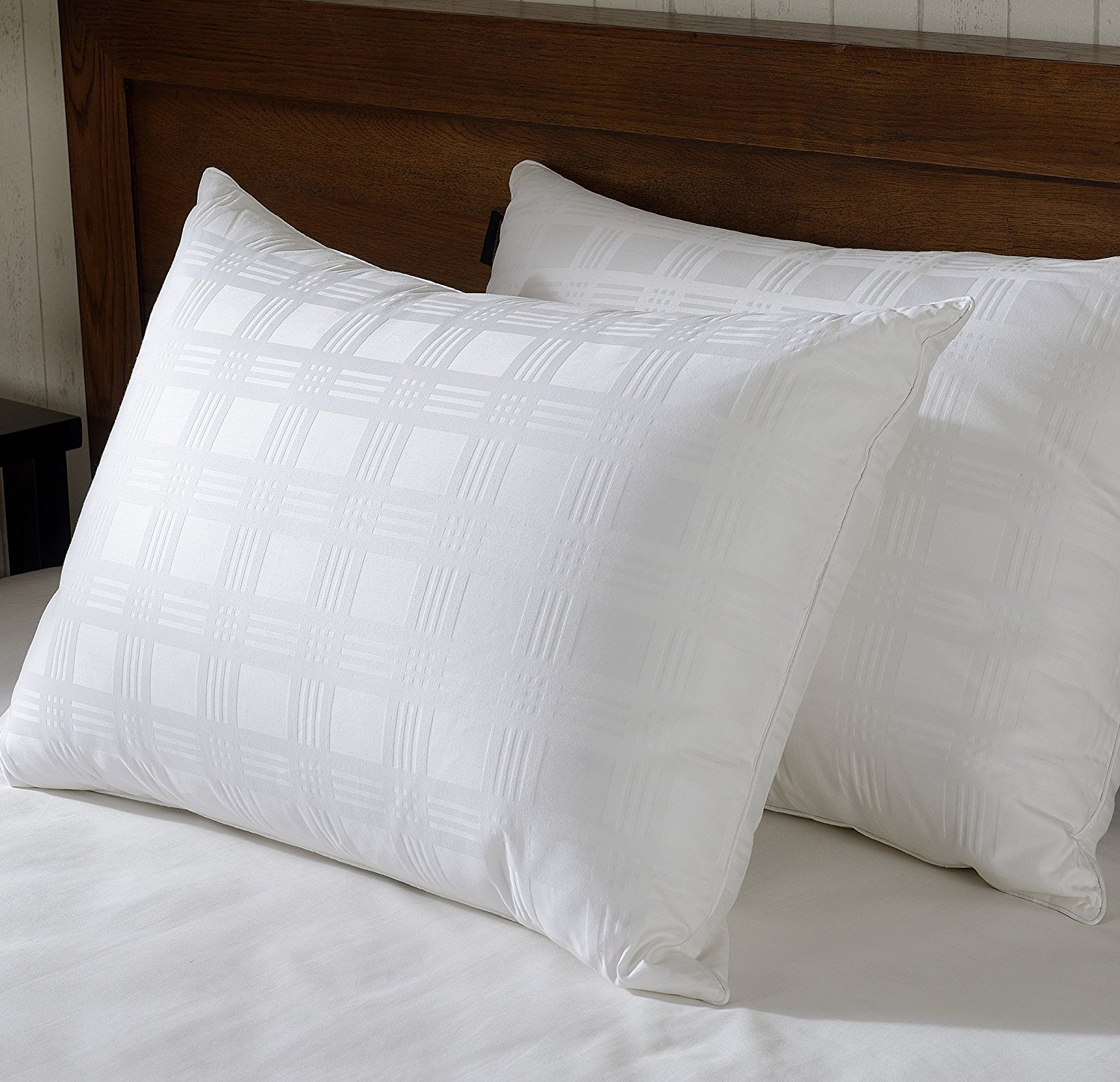 Set of 2 Luxury White Down Bed Pillow, 600 Thread Count Egyptian Cotton Fabric , 650 Fill Power,white