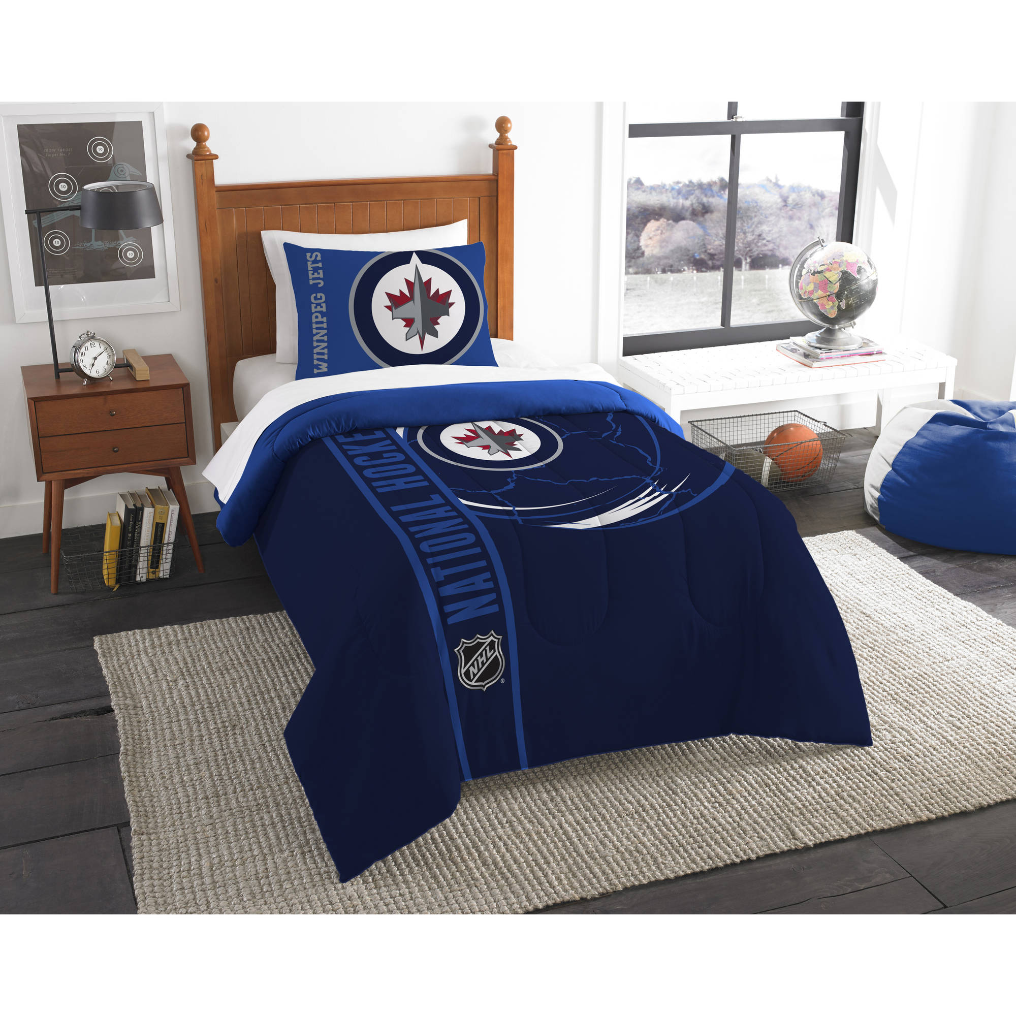 NHL Winnipeg Jets Printed Twin Comforter and Sham Set