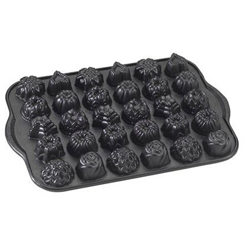 NordicWare Bundt Tea Cakes and Candies Pan