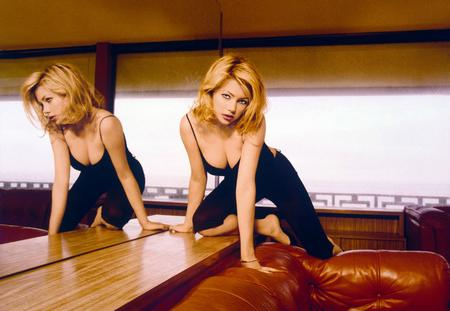 Michelle Williams Poster Sexy Cleavage