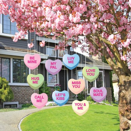 Valentine 39 s lawn decorations hanging candy hearts set for Home decorations for valentine s day