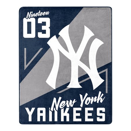 New York Yankees The Northwest Company 55'' x 70'' Spotlight Silk Touch Throw - Navy - OSFA