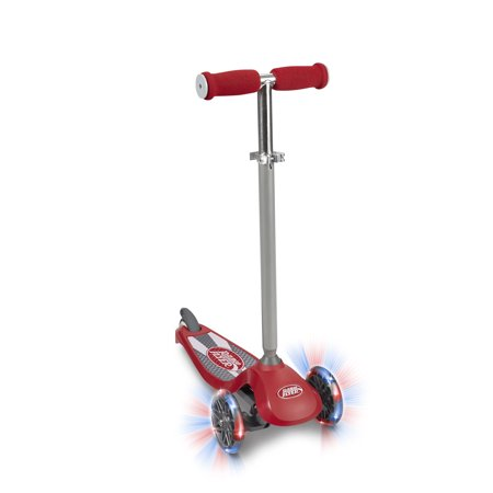 Fluker Lighting - Radio Flyer, Lean 'N Glide with Light Up Wheels Scooter, Red