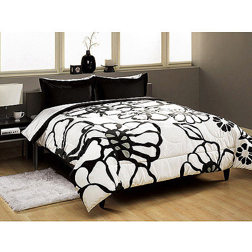 Modern Bloom Comforter Set